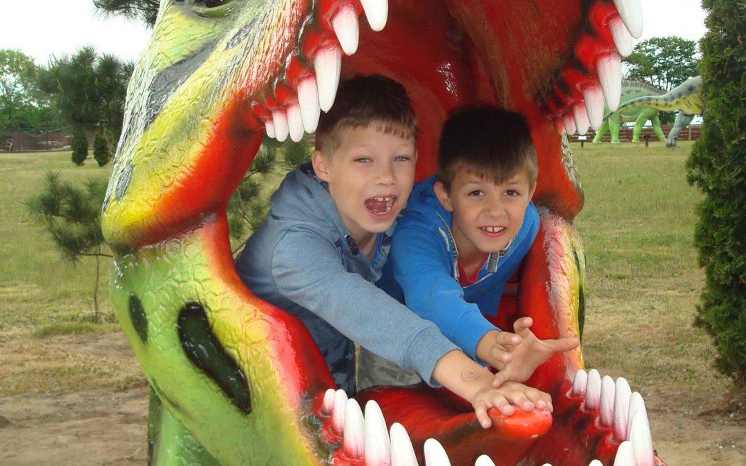 Pierwszoklasiści w Parku Dinozaurów!