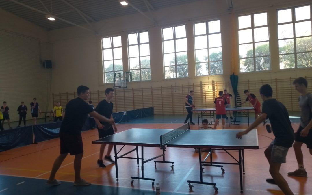 Zawody sportowe w tenisie stołowym