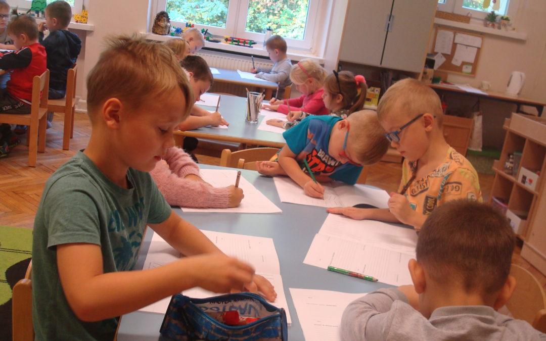 Codzienne życie przedszkolaków- zabawa połączona z nauką